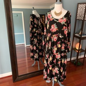 Oakley Dress - Black Floral